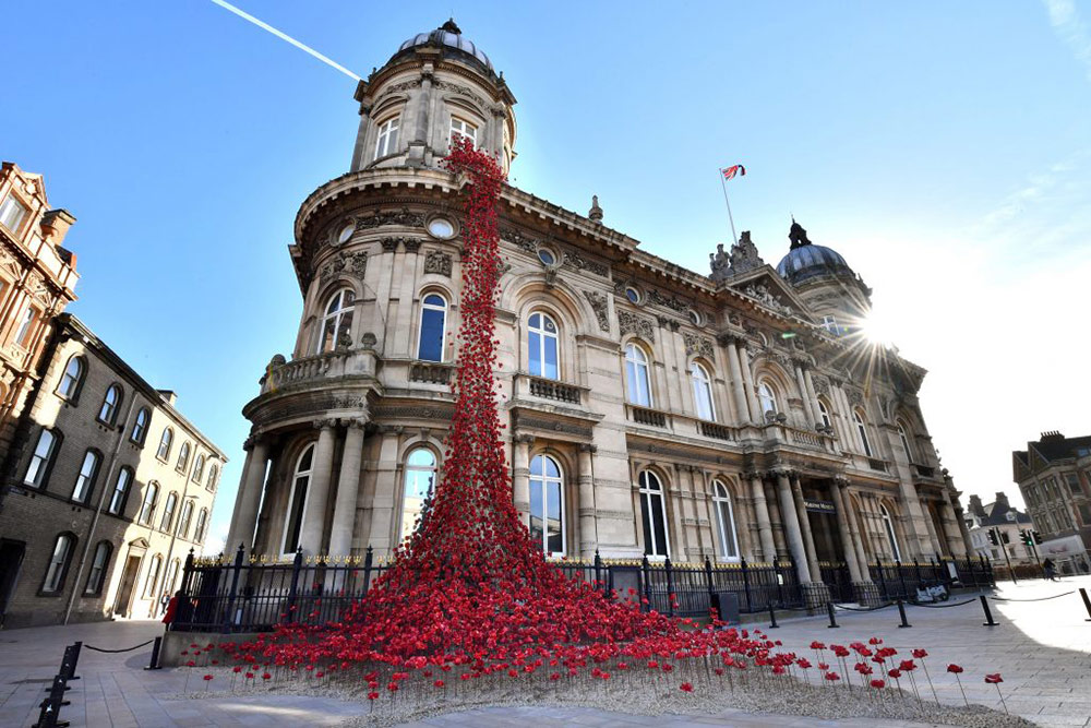 Poppies weeping window installation, 14-18 NOW